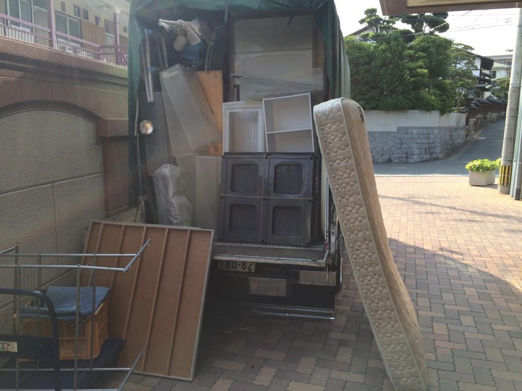 福岡ゴミ回収、北九州市ゴミ回収、福岡ゴミ屋敷、部屋片付け