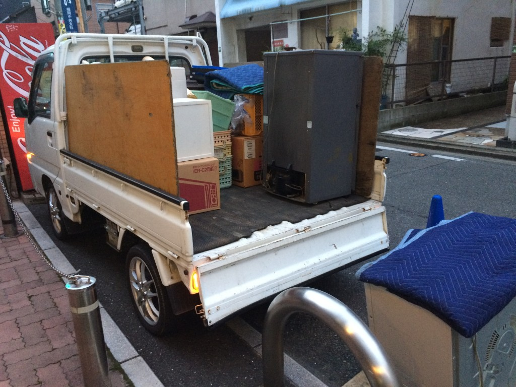 福岡単身引越し、引越しゴミ回収、筑豊地区ゴミ回収、福岡近距離引越し、福岡不用品回収、福岡ピアノ回収