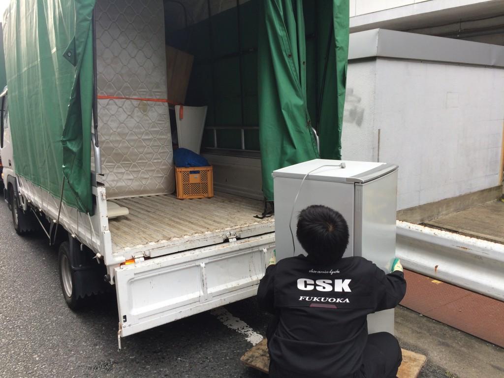 福岡引越しゴミ回収、福岡最安値、福岡不用品回収、福岡部屋の片付け、単身引越し、家電回収、処分