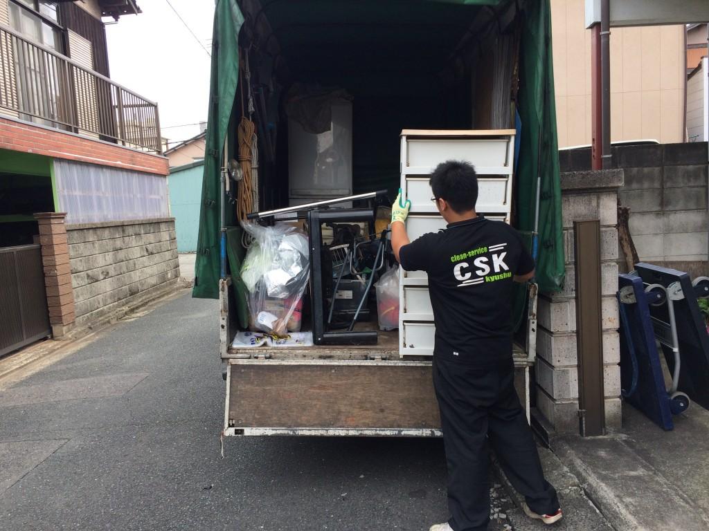福岡不用品回収、福岡ゴミ回収、福岡引越しゴミ回収、東区引越しゴミ回収、粗大ゴミ回収、福岡部屋の片付け