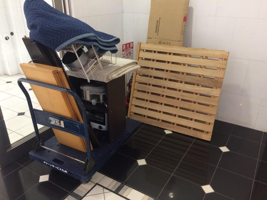 福岡引っ越しゴミ回収、福岡不用品回収、実家の片付け、空き家の片付け、安い回収、