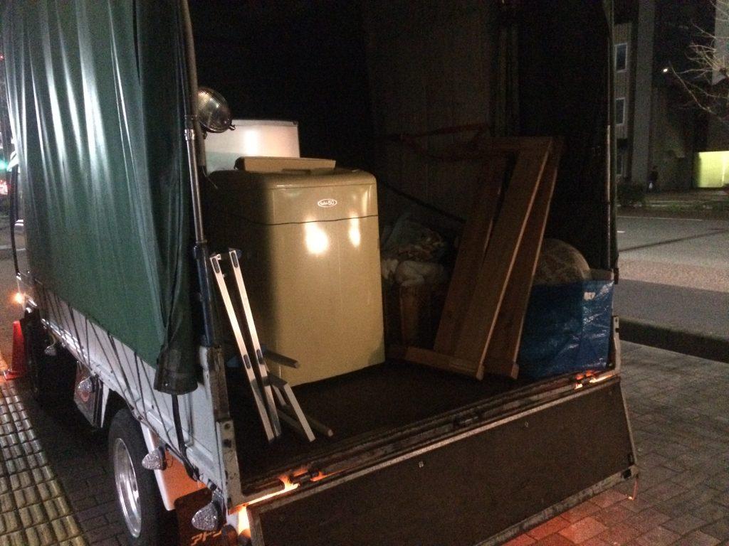 福岡市夜の回収、夜間作業、部屋片付け、実家片付け、福岡最安値、クリーニング、福岡不用品回収、