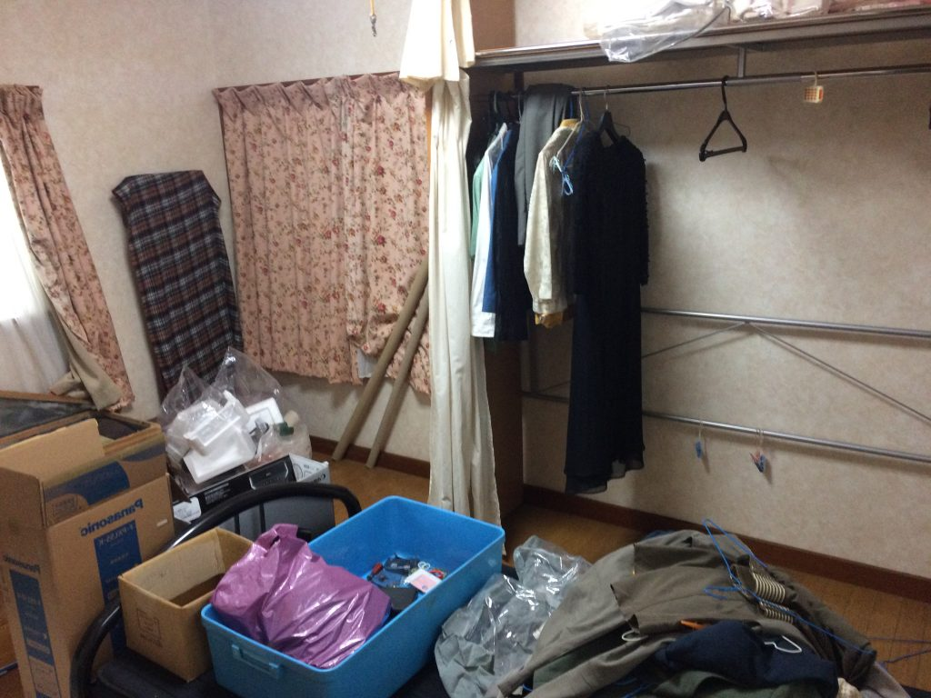 福岡引っ越しゴミ回収、福岡不用品回収、部屋の片付け、実家片付け、ゴミ屋敷、粗大ゴミ回収、福岡廃品回収