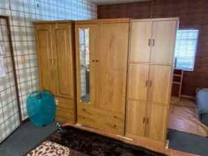 タンス、食器棚、仏壇、家電、エアコン、不用品回収、粗大ゴミ、ごみ屋敷、空き家、片付け、